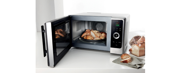 Whirlpool Survey Reveals The Microwave Oven Is Indispensable For Three Out Of Four Of Us